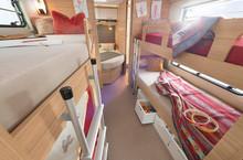 Wohnwagen Mit Etagenbett Vergleich : Camper wohnwagen dethleffs caravans und wohnwägen