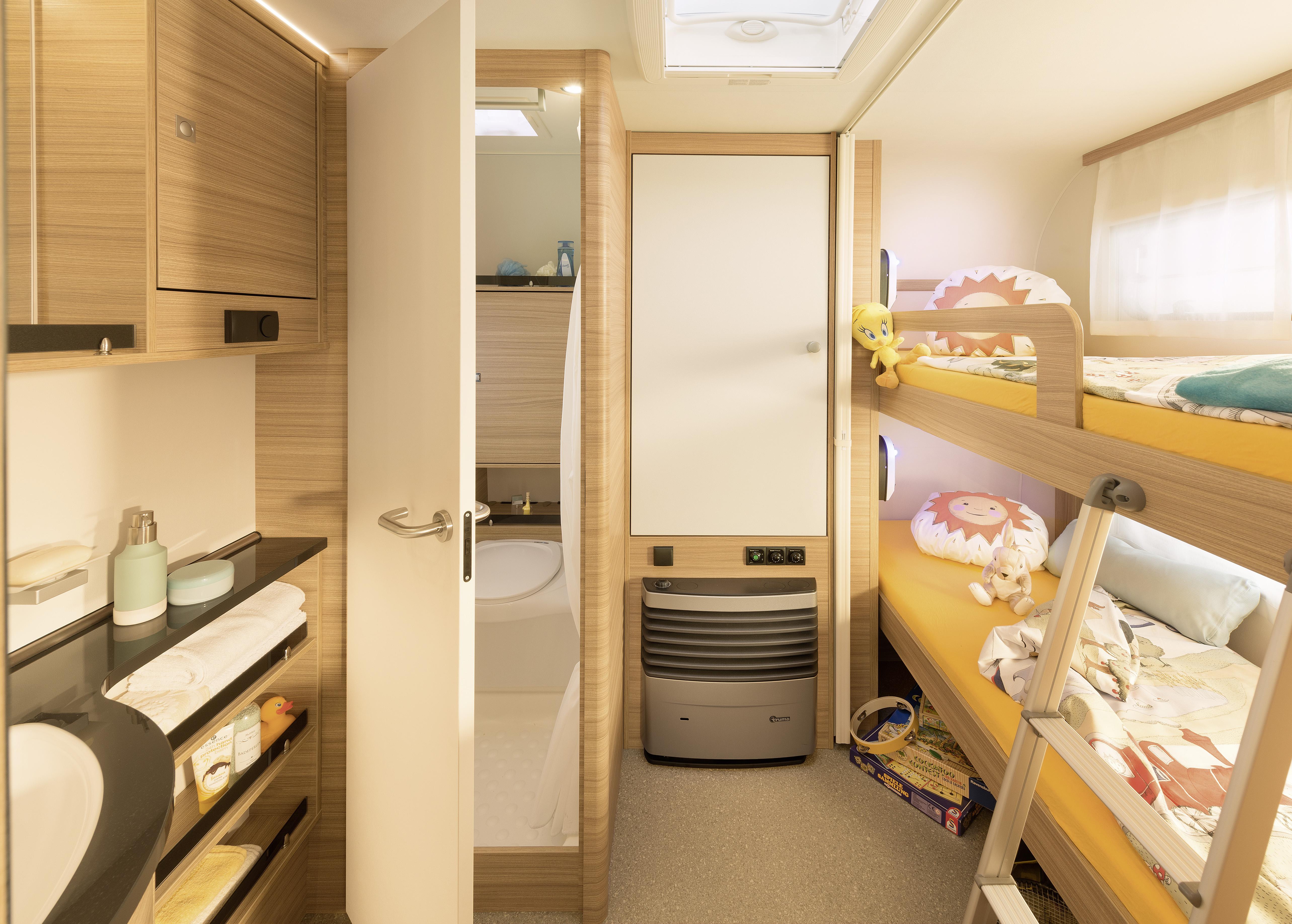 Reisemobil Etagenbett : Camper dethleffs